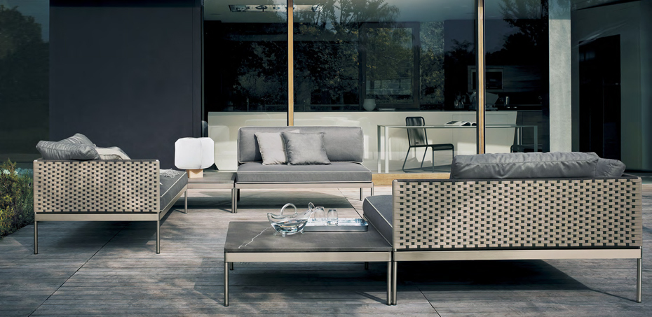 Outdoor sofas basket by roda design gordon guillaumier Italienische sofa