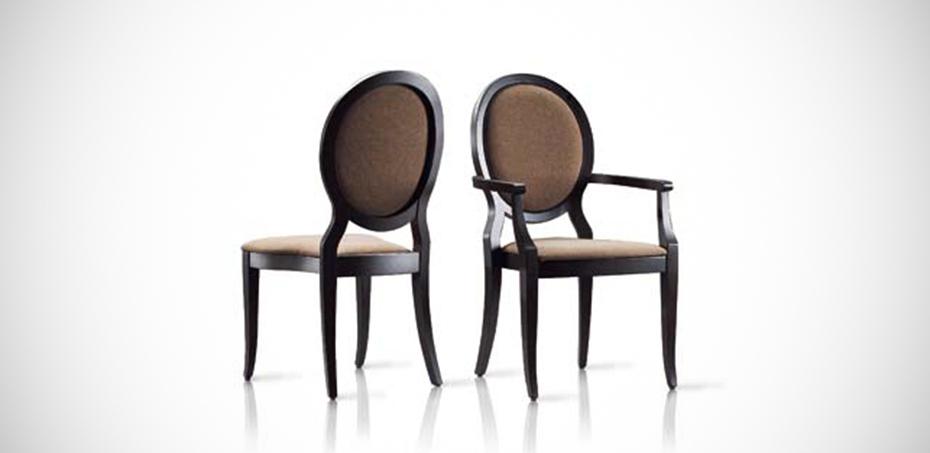 Tati classic wooden chair by veneta sedie for Sedie italian design